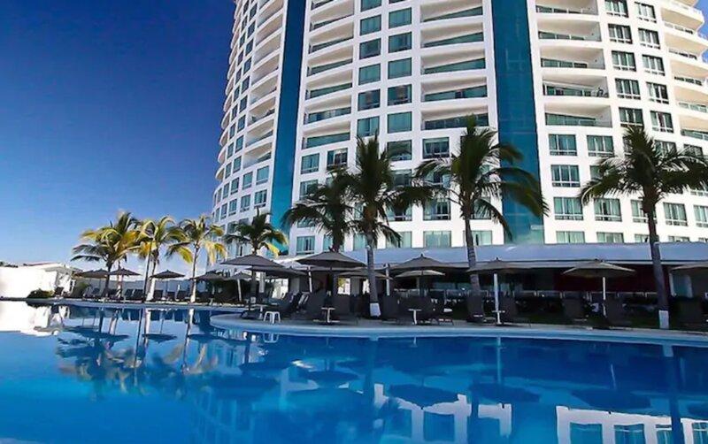 Loft frente al mar Park Royal, holiday rental in Mazatlan