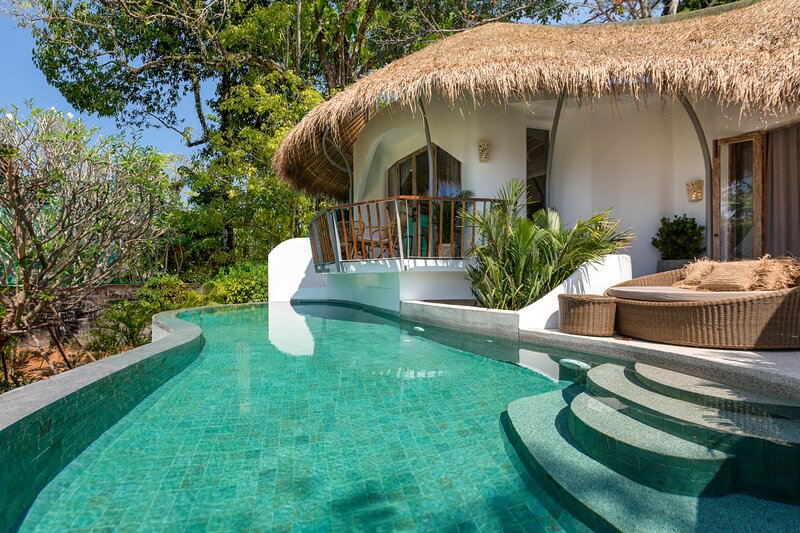 Khao Lak Villa Sleeps 6 with Pool and Air Con - 5815840, vakantiewoning in Khao Lak