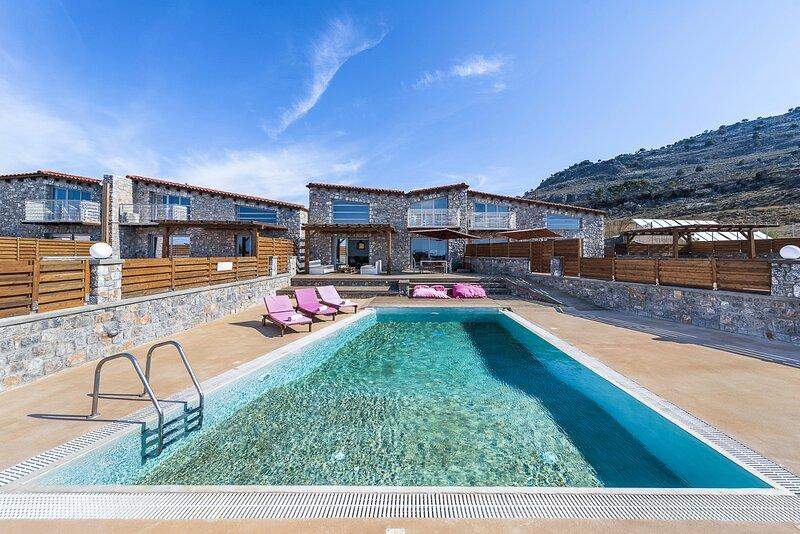 Lardos Villa Sleeps 8 with Pool and Air Con - 5831840, holiday rental in Lardos