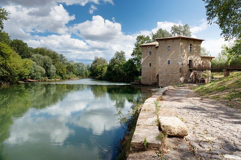 Castelnau-de-Guers Villa Sleeps 10 - 5834013, aluguéis de temporada em Nezignan-l'Eveque