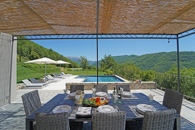 Salano Villa Sleeps 8 with Pool and Air Con - 5836257, holiday rental in Tavernelle