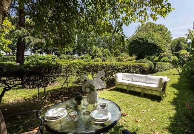 Lucca Apartment Sleeps 2 with WiFi - 5840796, holiday rental in San Pietro in Campo