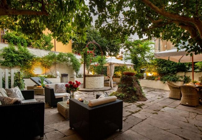 Lucca Apartment Sleeps 5 with Air Con and WiFi - 5840808, holiday rental in San Pietro in Campo