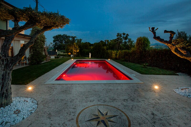 Colle Monte Varmine Villa Sleeps 8 with Pool and Air Con - 5841722, holiday rental in Cossignano