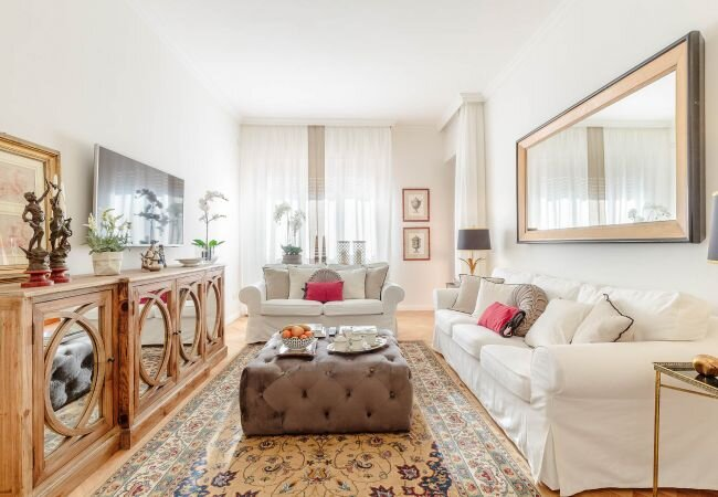 Lucca Apartment Sleeps 4 with Air Con and WiFi - 5840895, holiday rental in San Pietro in Campo