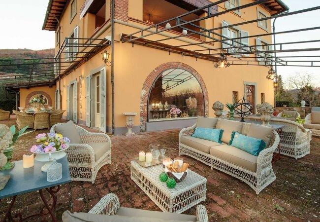 Alla Bidia Villa Sleeps 20 with Pool Air Con and WiFi - 5840863, alquiler vacacional en Stabbiano