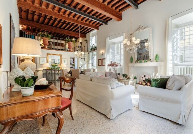 Lucca Apartment Sleeps 10 with Air Con and WiFi - 5840869, holiday rental in San Pietro in Campo