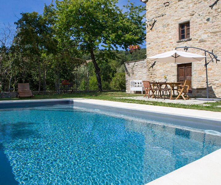 Ponte Singerna Villa Sleeps 6 with Pool - 5859782, vacation rental in Caprese Michelangelo