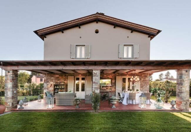 Parezzana Villa Sleeps 6 with Air Con and WiFi - 5840877, holiday rental in Lunata