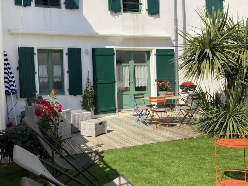 DOMAINE 4 - Maison pour 6 personnes Piscine à LA COUARDE SUR MER à proximité, alquiler de vacaciones en La Couarde-sur-Mer
