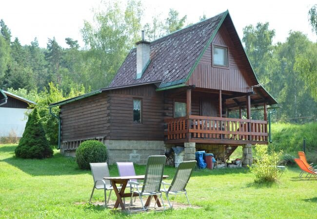 Vsen Chalet Sleeps 4 with WiFi - 5870326, holiday rental in Lisny