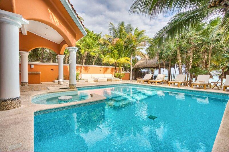 Tankah Cuatro Villa Sleeps 12 with Pool - 5870083, alquiler de vacaciones en Bahía de Soliman