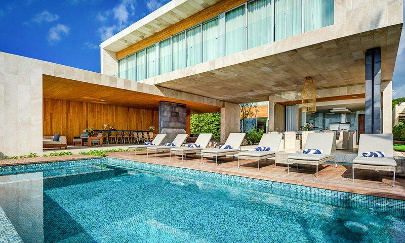 Poblado de Apoyo Diamont Villa Sleeps 20 with Pool and Air Con - 5870091, holiday rental in Playacar