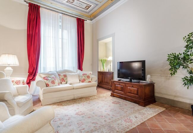 Lucca Apartment Sleeps 3 with WiFi - 5840812, alquiler vacacional en San Pietro in Campo
