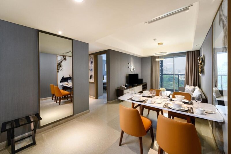 Three-bedrooms, Oakwood Apartments Pik Jakarta, holiday rental in Tangerang