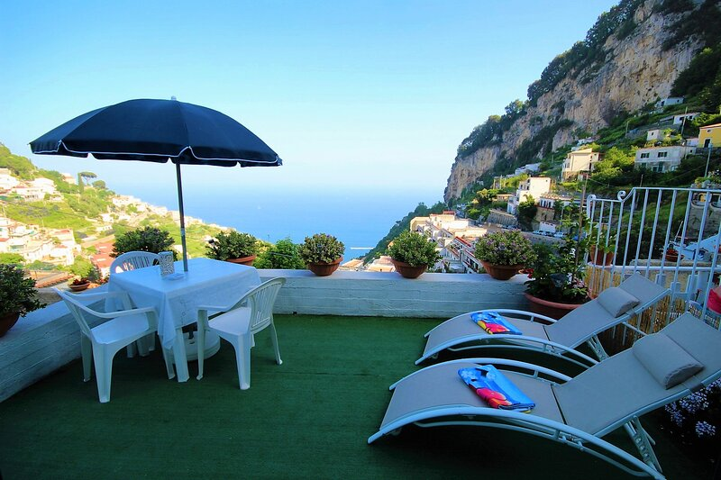 RACHELE HOUSE WITH SEA VIEW, vacation rental in Pogerola