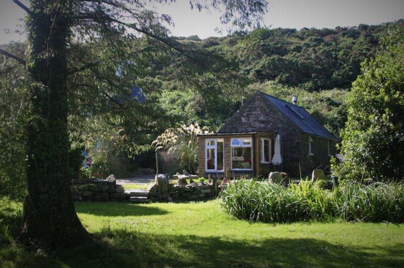 The Byre - A rural retreat near Bantry in West Cork, location de vacances à Bantry