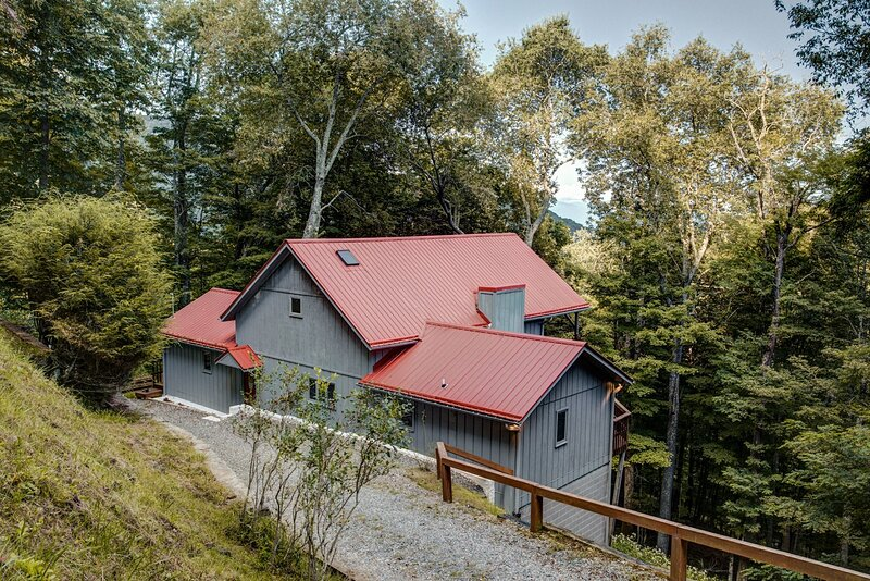 Wolf Ridge Retreat, holiday rental in Flag Pond