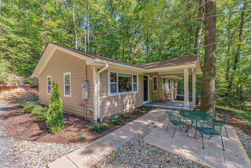 Knobby Creek Cottage, location de vacances à Columbus