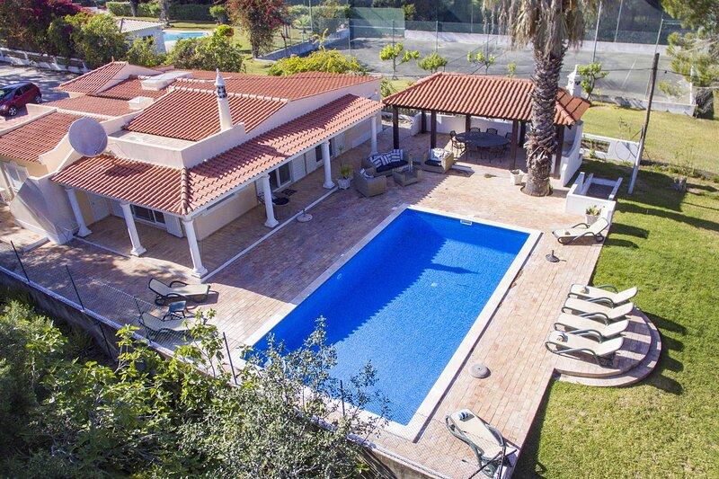Casa Pequena, alquiler de vacaciones en Vale do Garrao