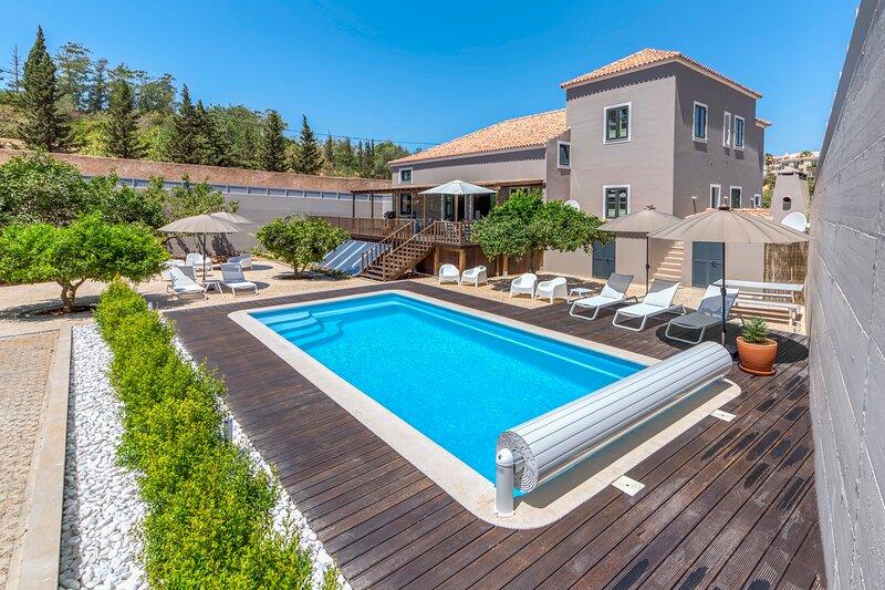 Villa Cocheira | Beach House with Private Pool | Ferragudo, Portugal, vakantiewoning in Ferragudo