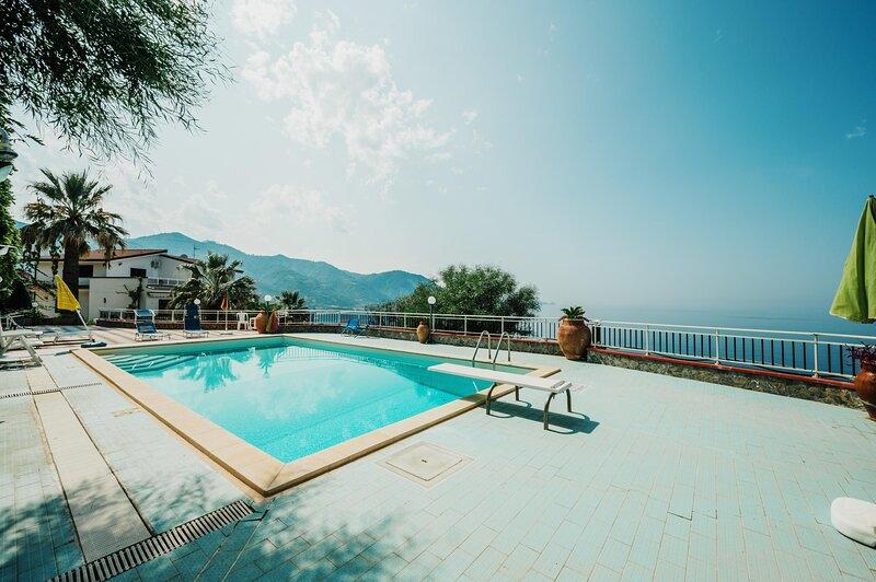 Villa Etrusca - Gioiosa Marea, location de vacances à Piraino