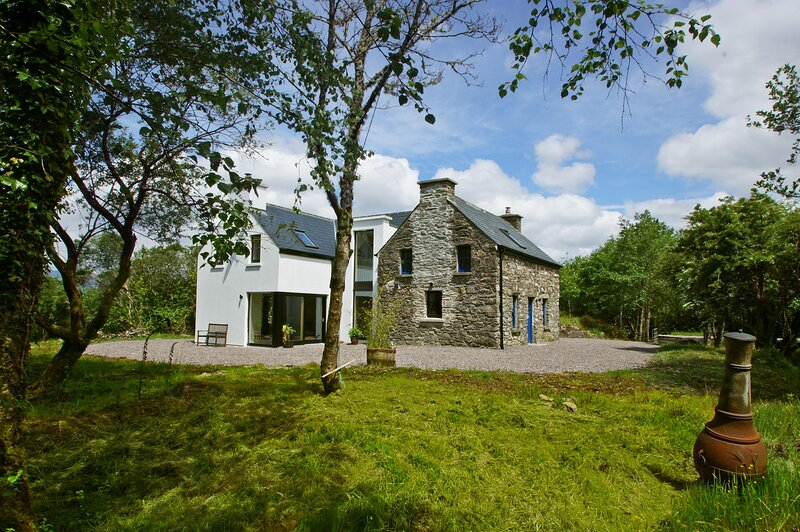 136 - Oysterbed, Sneem, holiday rental in Tuosist