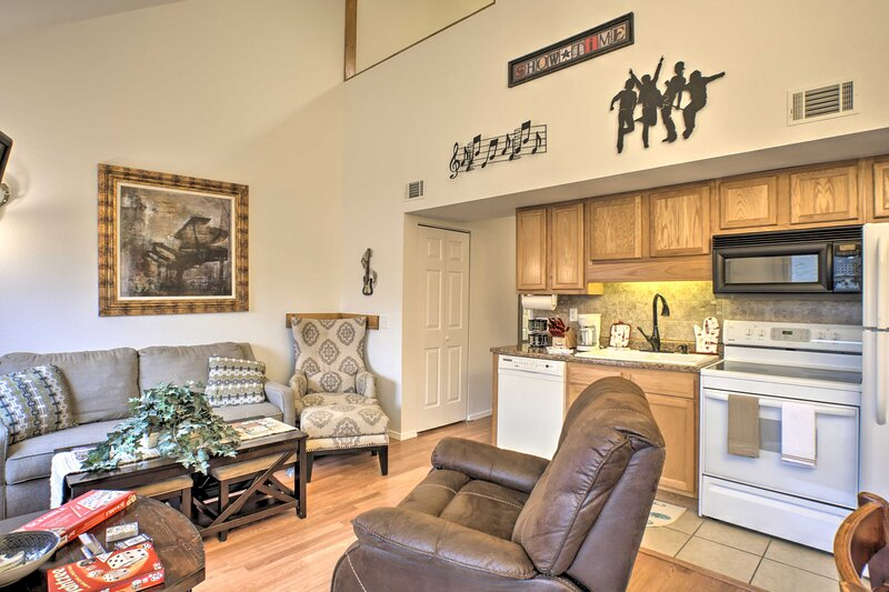 NEW! Relaxing Branson Retreat by Fall Creek Marina, vacation rental in Point Lookout