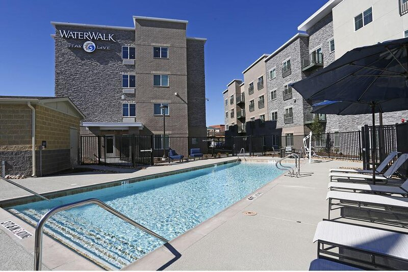 Experience Service Excellence in the Quaint Richardson District, casa vacanza a Parker