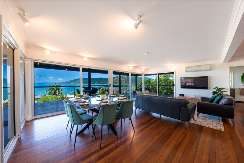 49 On Airlie - Airlie Beach, holiday rental in Airlie Beach