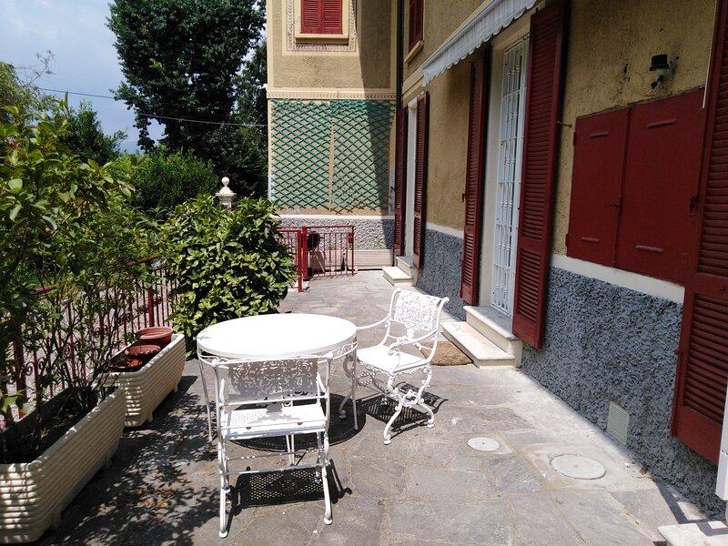 Villa Helios alloggio, casa vacanza a Barasso