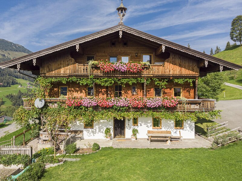 Boar Hof Top 1, holiday rental in Aschau bei Kirchberg