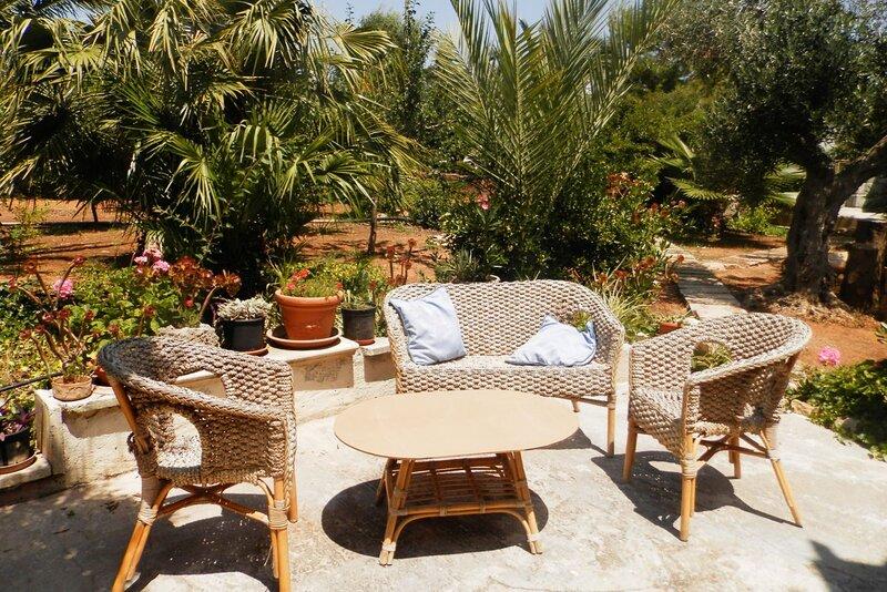 Villetta Gloria con giardino e piscina, Torre Suda, holiday rental in Torre Suda