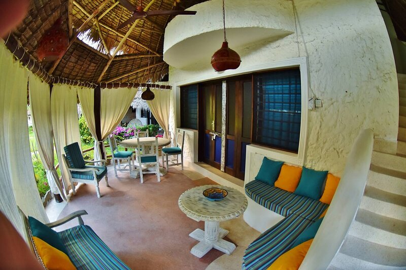 Stunning 2-Bed cottage on Silversand beach Malindi, location de vacances à Malindi