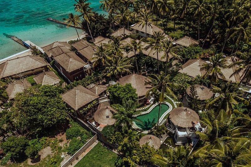 The Village of Angels Resort - Wonderful Ocean View Room, location de vacances à Tenganan