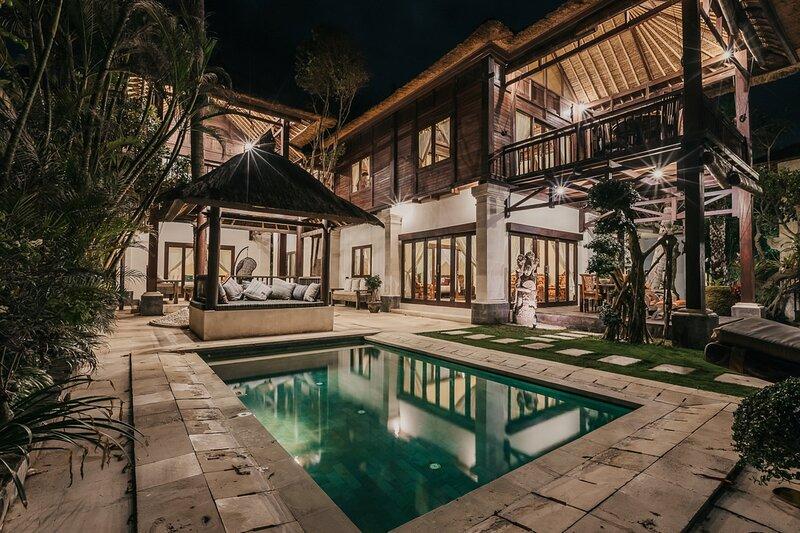 Villa Rumah Kecil 3BR - The Village of Angels Resort, location de vacances à Tenganan