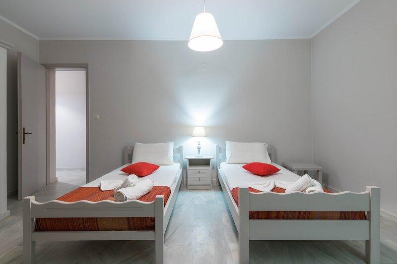 One Bedroom Apartment with Balcony - The Lofos Studios, vacation rental in Katastari