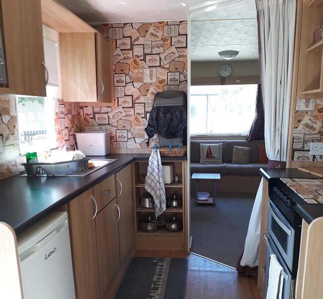 Immaculate 3-Bedroom Caravan on Combe Haven., aluguéis de temporada em St Leonards-on-Sea