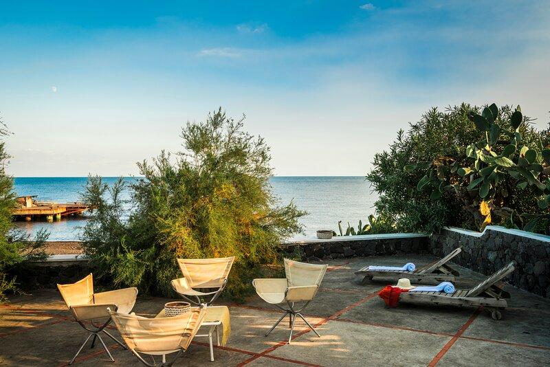 Villa Mareblu Stromboli, holiday rental in Ginostra