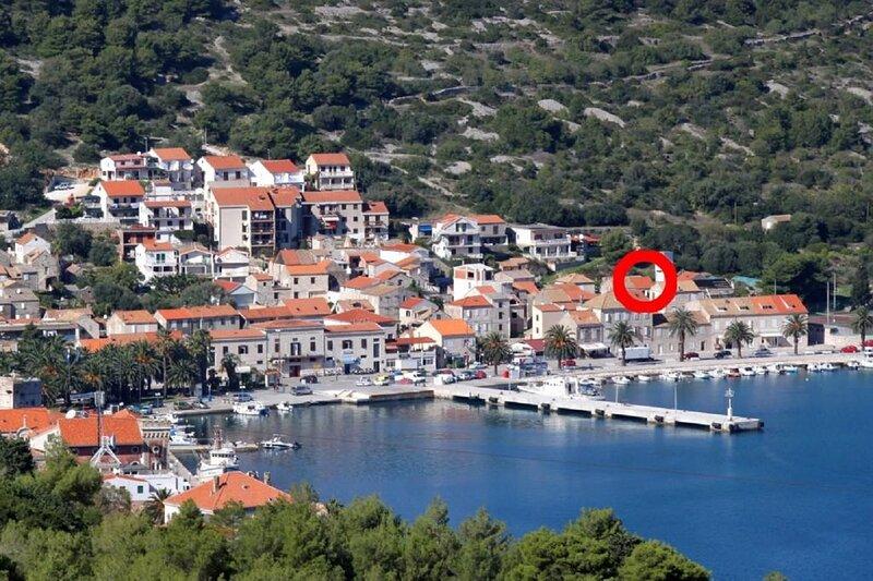 Rade - great location & near ferry port H(7) - Vis, aluguéis de temporada em Vis