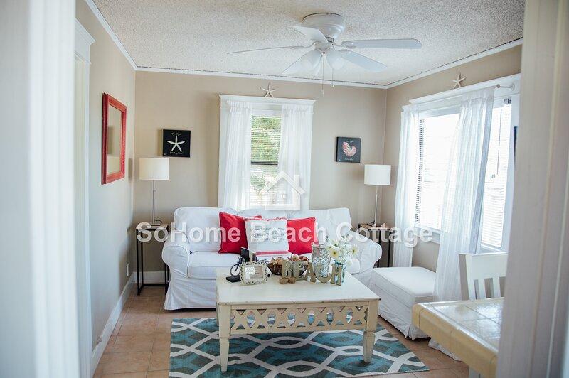 SoHome Beach Cottage - Three Short Blocks to Beach, casa vacanza a Rolling Hills Estates