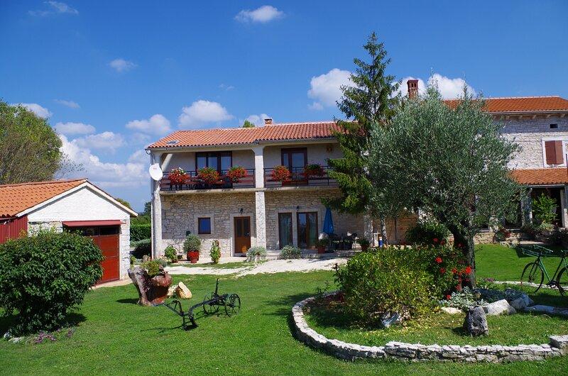 Holiday apartment Slavica, vacation rental in Orihi