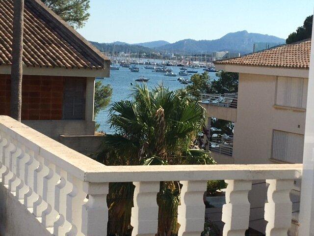The Pine Walk Apartment 2nd row back from the famous Pine Walk Area, aluguéis de temporada em Formentor