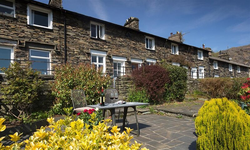 DORMOUSE COTTAGE, 2 Bedroom(s), Coniston, vakantiewoning in Coniston