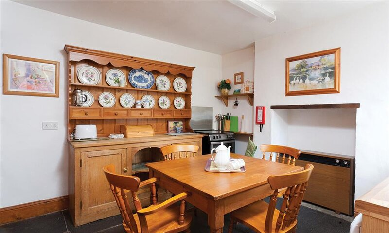 ROUNDHILL COTTAGE, 2 Bedroom(s), Grasmere, holiday rental in Grasmere