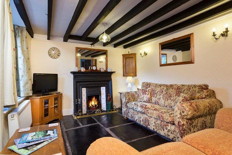 SUNBEAM COTTAGE, 2 Bedroom(s), Coniston, casa vacanza a Coniston