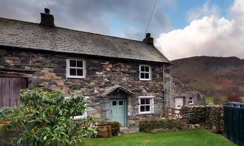 YEW TREE COTTAGE BORROWDALE, 3 Bedroom(s), Borrowdale, location de vacances à Seatoller