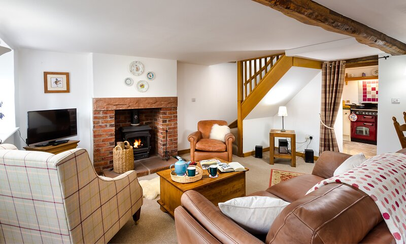 ROSEBAY COTTAGE, 2 Bedroom(s), Ullswater, holiday rental in Greystoke