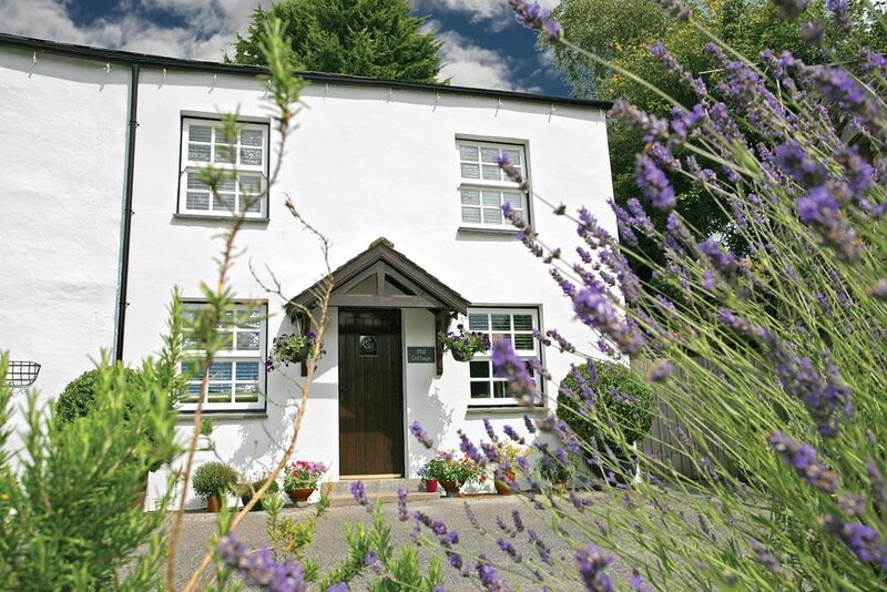 MILL COTTAGE, 1 Bedroom(s), Windermere, holiday rental in Ings