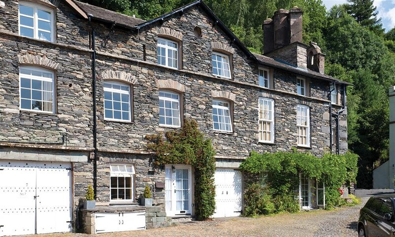 THE MOUNTING STEPS, 3 Bedroom(s), Ambleside, holiday rental in Loughrigg
